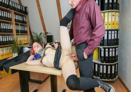 BumsBuero – Jezzicat – Pierced and tattooed German babe Jezzicat eats cum in steamy office fuck